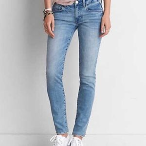 AEO Faded Light Wash Skinny Jeans